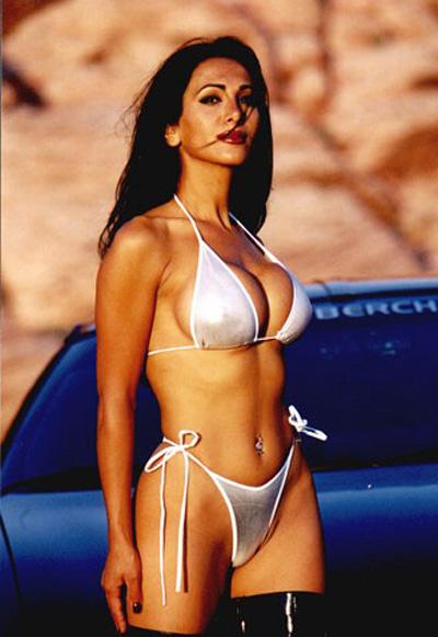 Iran Politics Club Angylina Maftano Sexy Iranian Bikini