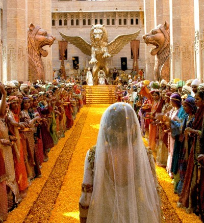 http://iranpoliticsclub.net/history/civilization-persia2/images/Xerxes%20&%20Esther%20Wedding.jpg