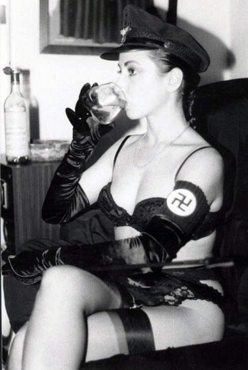 German cabaret lesbian